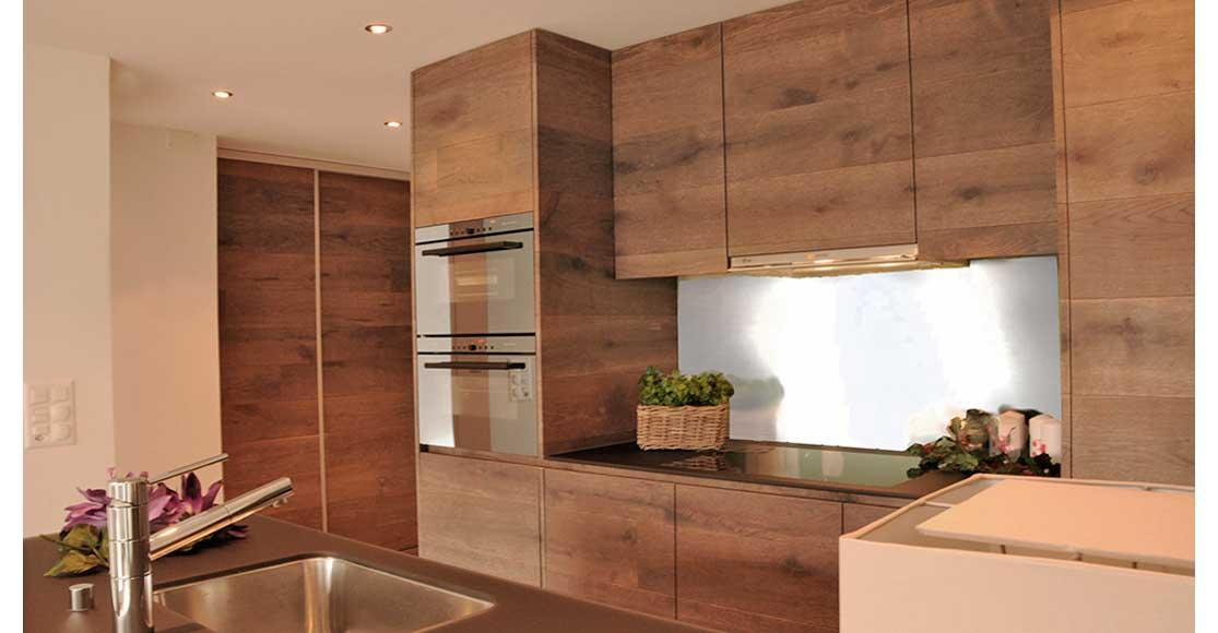offenes wohnzimmer kuche offenes wohnkonzept grau gelb